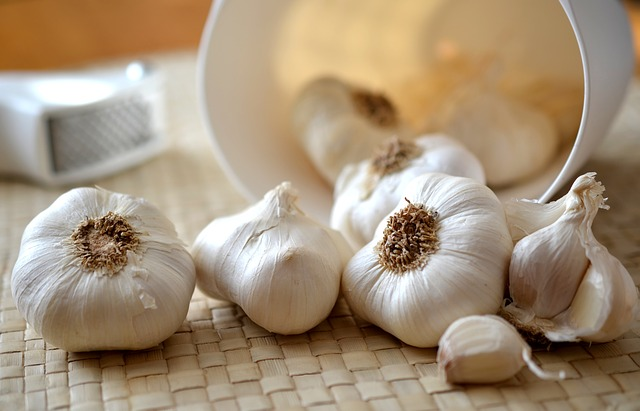 Garlic – Nature's Wonder Drug Filled With Surprising Health Benefits 1