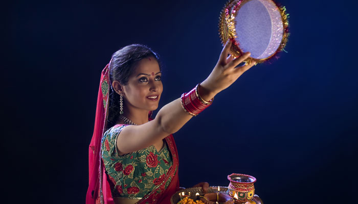 Karwa-Chauth-Wallpapers-Images-Pictures-Greetings-2015-6