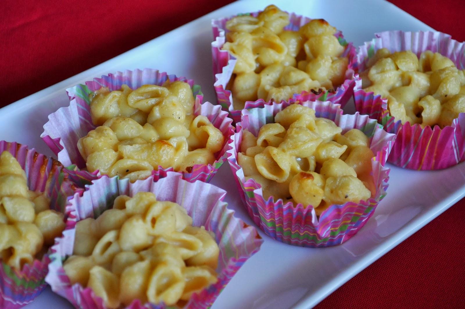 Macaroni cupcake delights