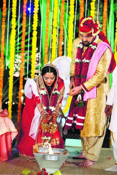 Kabir Bedi Tied Knot with Long term partner Praveen Dusanj