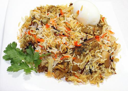 Kozhikoadan style food