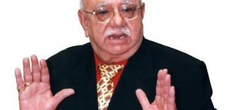 Bejan Daruwalla, India's most celebrated astrologer passes away at 88